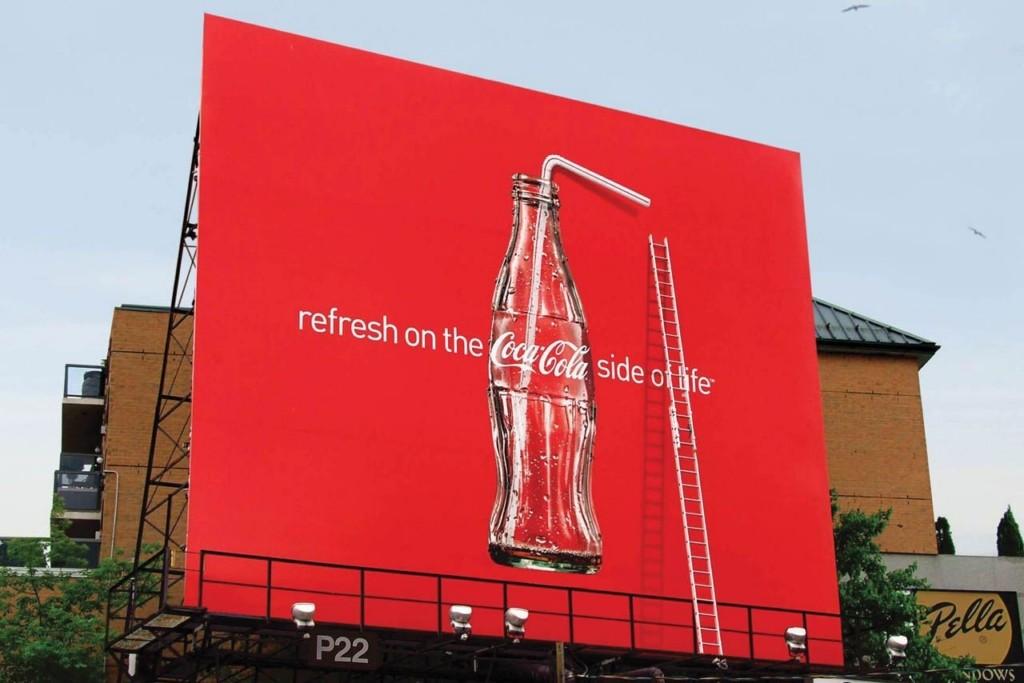 Des publicités Coca-Cola en relief