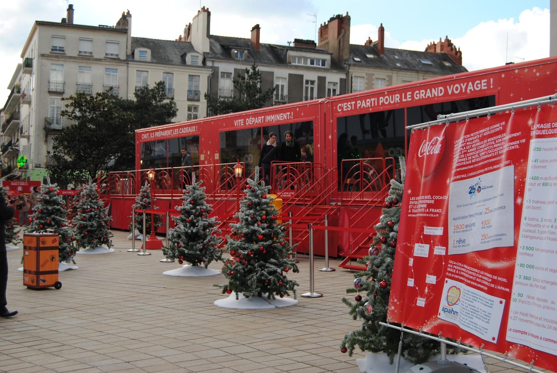Les vitrines de Noël Coca-Cola en images
