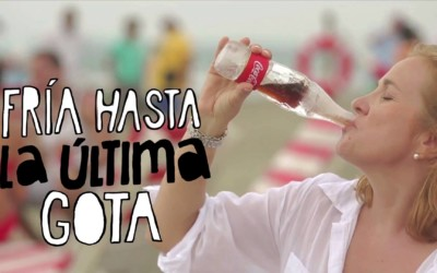 Une bouteille de Coca-Cola … en glace !