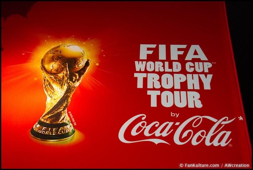 Le Trophée de la Coupe du Monde de la FIFA était à Paris avec Coca-Cola