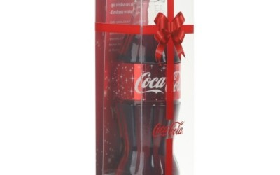 La bouteille Coca-Cola collector de Noël disponible chez Colette