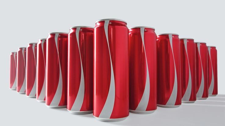 Des canettes de Coca-Cola sans inscription pour promouvoir la tolérance