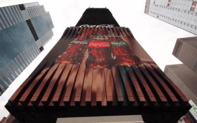 Coca-Cola dévoile un panneau d'affichage bluffant à Times Square
